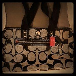 Gorgeous Canvas Coach Bag - Gently Used - Medium